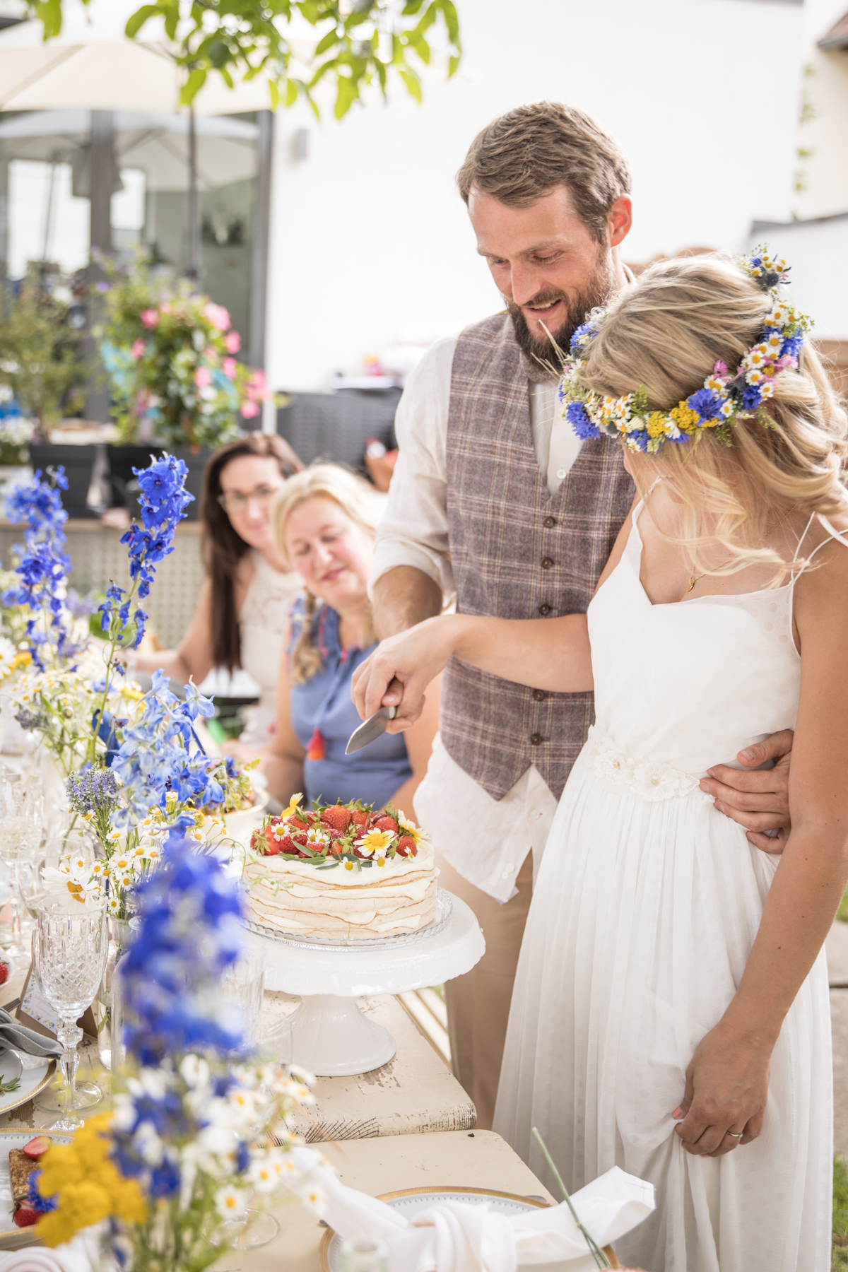 MIDSOMMAR WEDDING - Ideas for a wedding in your own garden