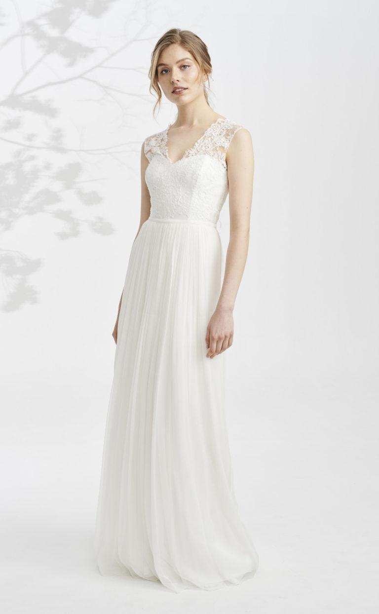 Gerafftes Brautkleid mit Schleppe: Alyna