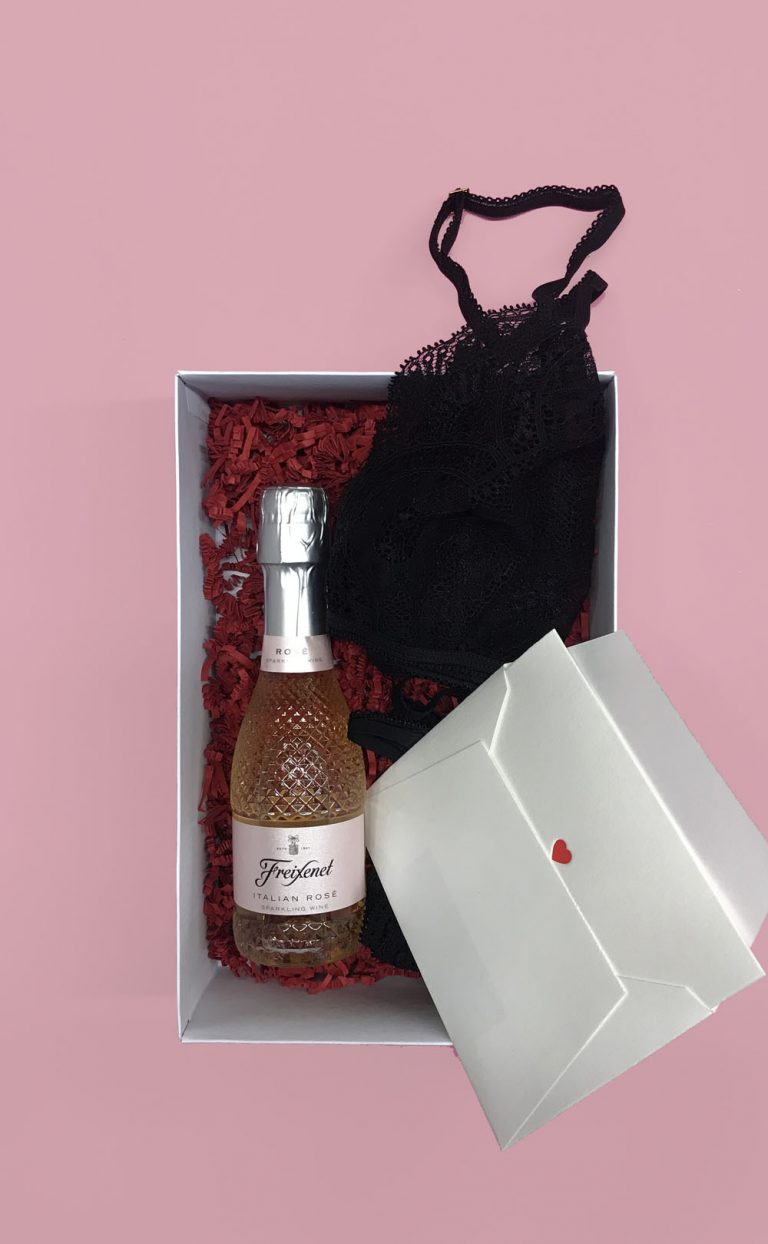A lovely Valentinsbox – Legal Sin