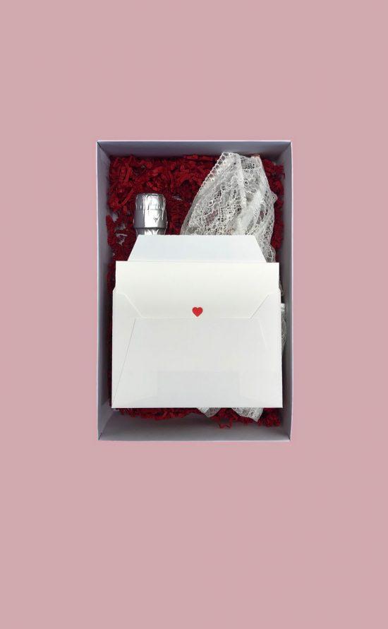 A lovely Valentinsbox - White Sensation