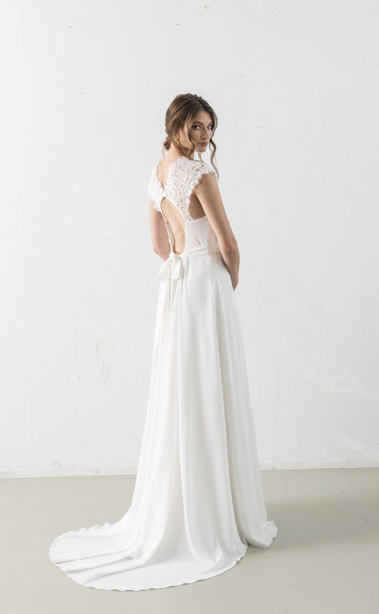 Ayodele – Brautkleid mit Spitze