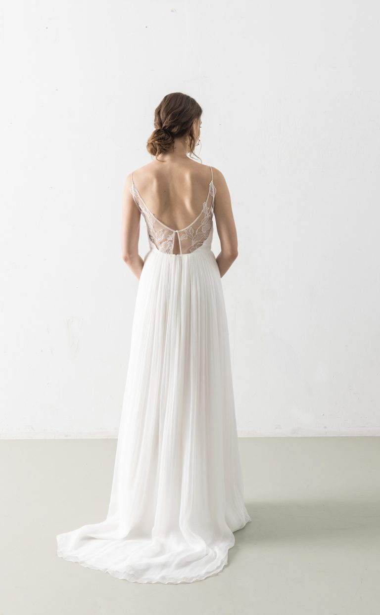 Zolile – Simple Wedding Dress